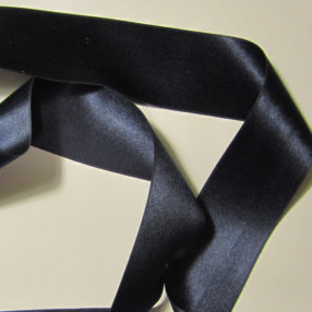 Navy-Blue-Silk-Ribbon-36mm