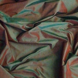 Silk Taffeta Green-Red