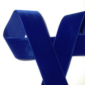 Velvet-ribbon-Royal-Blue-36